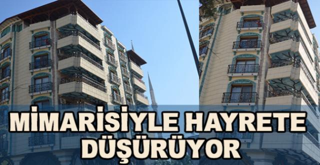 Vatandaşlar Çökecek Hissi Uyandıran Balkonlardan Gözlerini Alamıyor